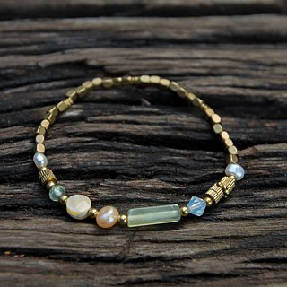 Pearl Grape Stone Shell Brass Bracelet (036) - Ballet Dancer
