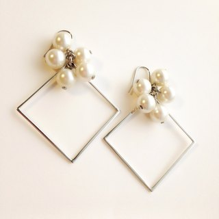 [Order production] earrings / Silver 950 SHIKAKU × bonbon: Pearl
