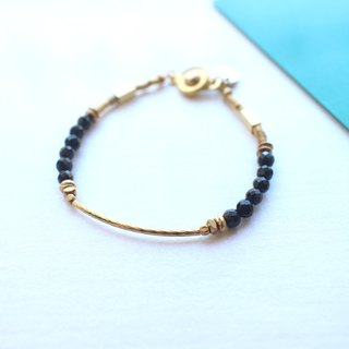 The night~Black agate/ brass handmade bracelet