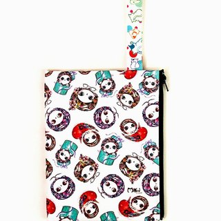 Clutch / Cosmetic Bag / small objects bag / travel carry bag - colorful warm cat