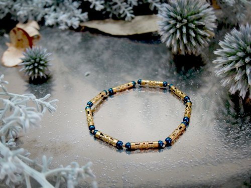 Gorgeous little (blue) -half's half pure brass bracelet