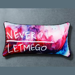 [NEVER LET ME GO - red] lumbar pillow / pillow core containing snow peas
