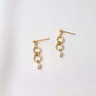 Braided wreath brass pearl earrings
