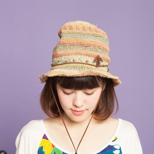 ✬ woven cotton feather hat ✬