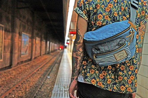 Matches wood design Matchwood Portable chest pockets shoulder bag messenger bag small bag admission package was washed denim denim striped section