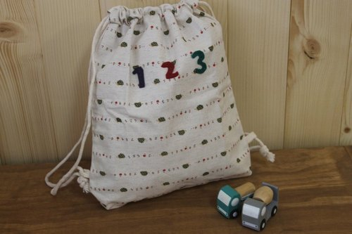 Ou Leita living grocery ╭ * [beam port pouch / backpack - Japan Limited topic cloth] green hedgehog paragraph
