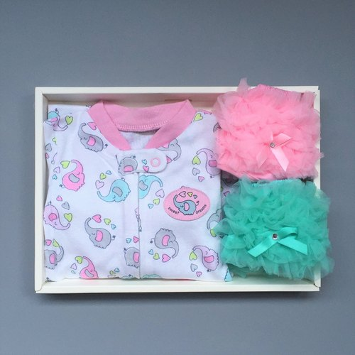 La Chamade / sweet dreams baby pajamas gift set