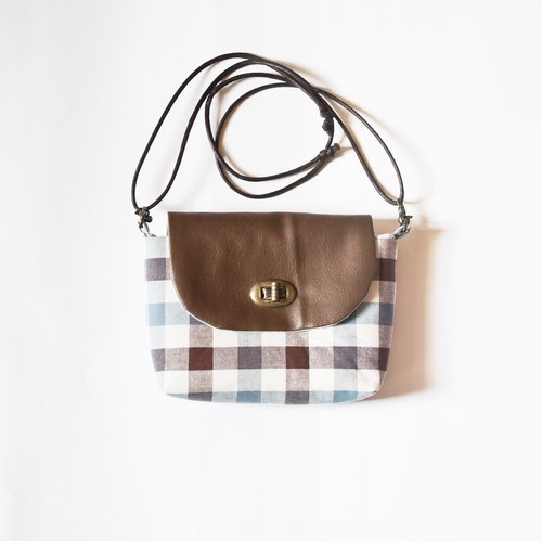 Shoulder bag / Universal bag / camera bag -Light blue plaid
