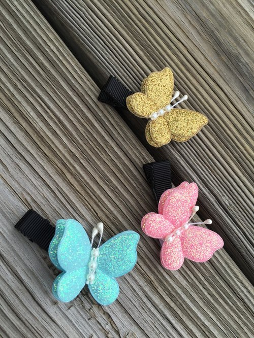 Double small butterfly hairpin