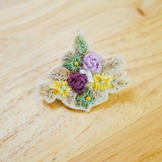 Rose flowers hairpin