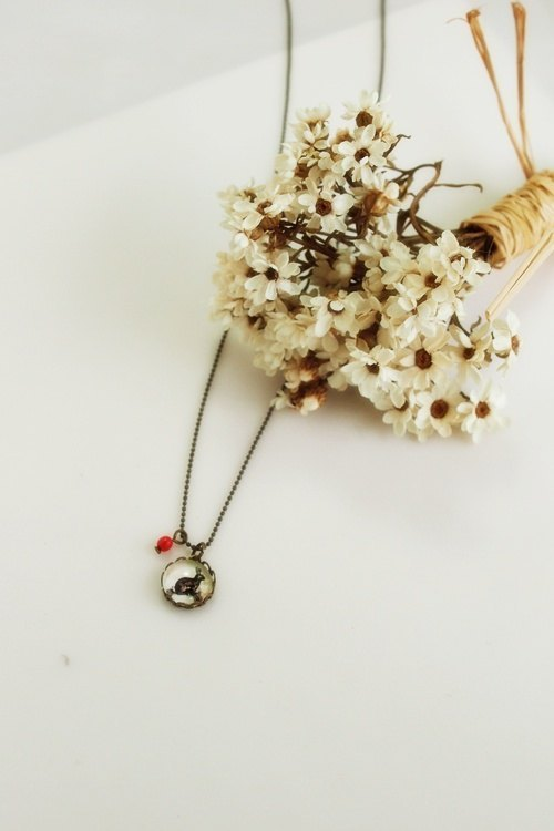 "♥ gift ♥ OldNew Lady- mini retro pattern necklace "" Rabbit """