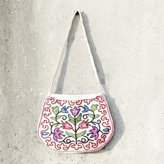 Hand embroidery patterns cotton messenger bag