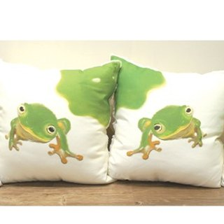 Taipei Tree Frog Pillow Four Piece Set