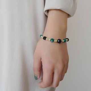 ::A Pinch of Glitter:: Black Onyx, Green Agate Beaded Brass Bracelet (A)