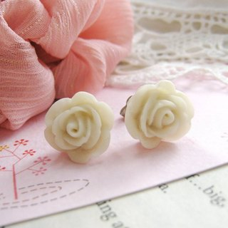 Little Rose earrings resin (white)