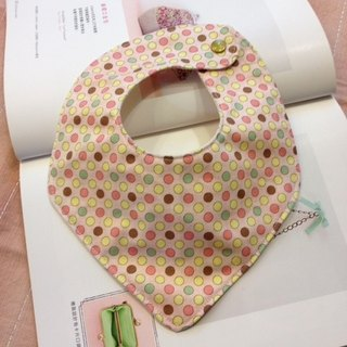 Triangular shaped bib and saliva cloth