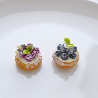 Berry Sweet Dream ☆ mini cell phone tower dust plug