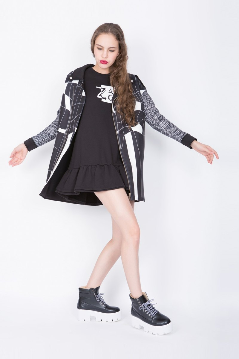 ZIZTAR geometric black and white long coat