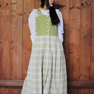 F856 (Vintage) carved breasted green plaid cotton vest dress (traditional Austrian Dirndl)