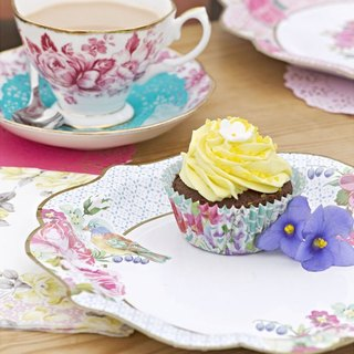 """Wonderful taste § gorgeous paper plate"" British Talking Tables Party Supplies"