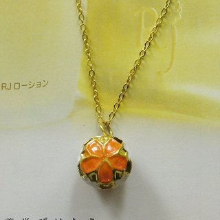 Classical hand-painted flower-copper glass glass necklace