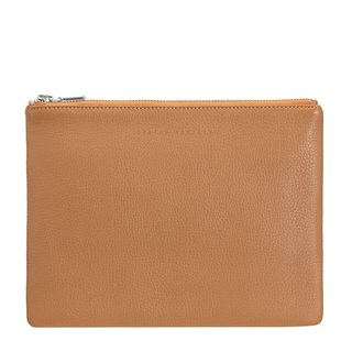 ANTI-HEROINE Clutch_Tan / Camel