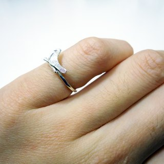 "BLUE BIRD ""Bluebird of happiness"" silver tail ring"