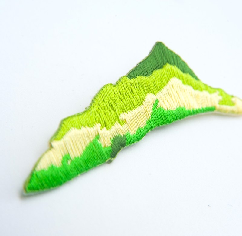 Green Mountain Embroidery Pin / Patch