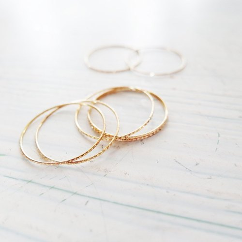 Cha mimi. K gold and gold cross line fine line ring