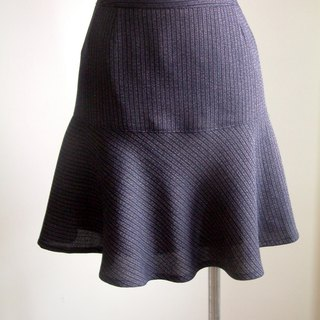 Balance series - skirt (blue stripe)