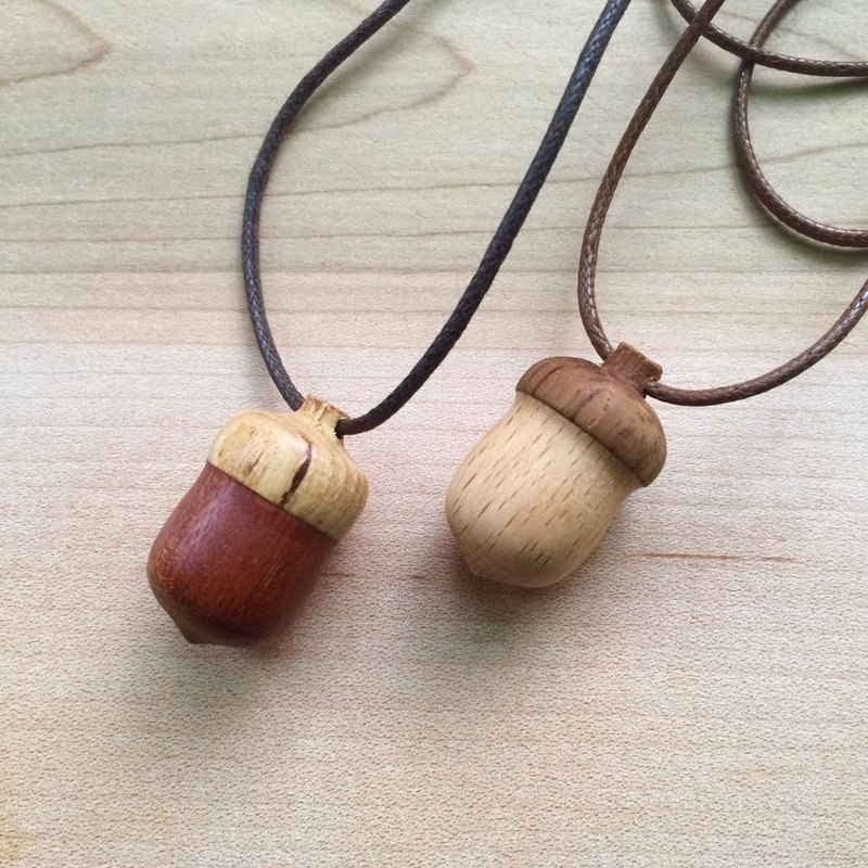 Acorn _ wood necklace