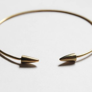 Arrow brass bracelet