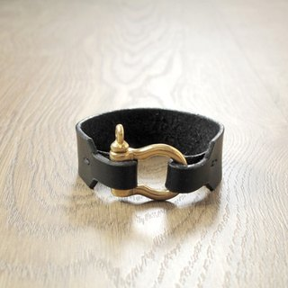Upgrade water pure brass buckle craftsman hand-made leather bracelet (black)