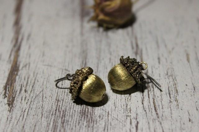 Pierce / Acorn brass accessories