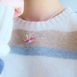 Handmade Origami Crane necklace (birds)