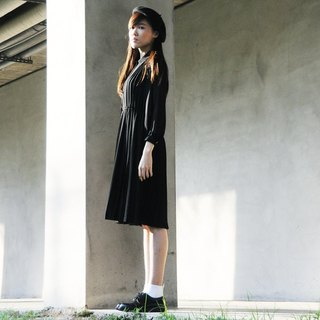 Spend vintage / Nippon ぃ ー シ su Te Numara black dress
