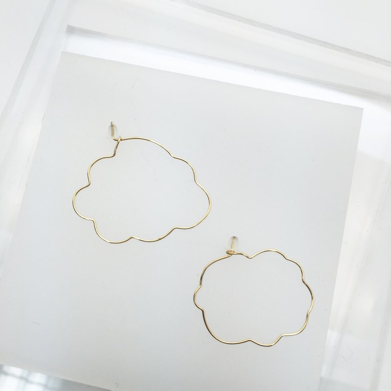 Cloud。Geometric earring。14Kgold / silver