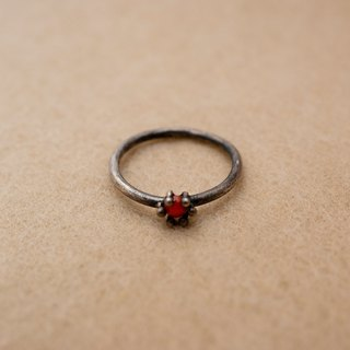 Sterling silver ring with Coral (Only JP#7 & 11 available)