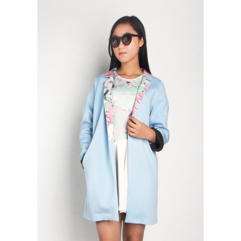 Hong Kong designer brands Blind by JW White Rabbit Printing Collar Coat - Light Blue