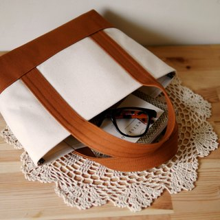 Classic Tote Bag Ssize kinarixcaramel - Native White x Caramel Brown -