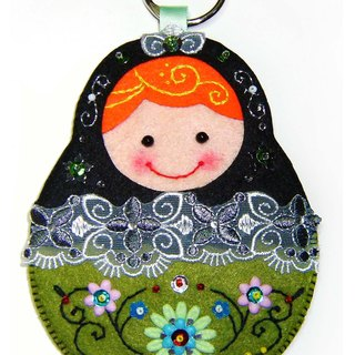 Russian doll card set - black and green