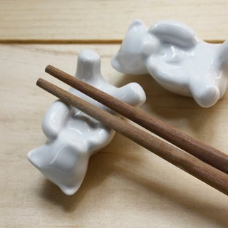 Taiwan black bear: Taiwan's unique species of mountain elves series chopsticks stand
