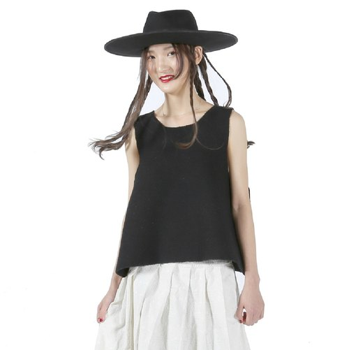 Black wool vest - imakokoni