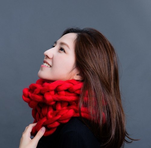 [Hand-made rattan blind - Chuan] thick line of pure wool knit scarf / positive red / short version