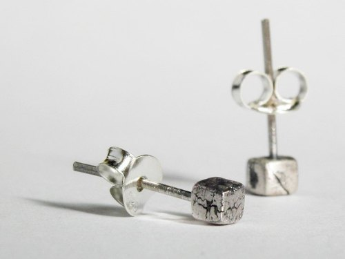 Square Cracked Silver Earrings