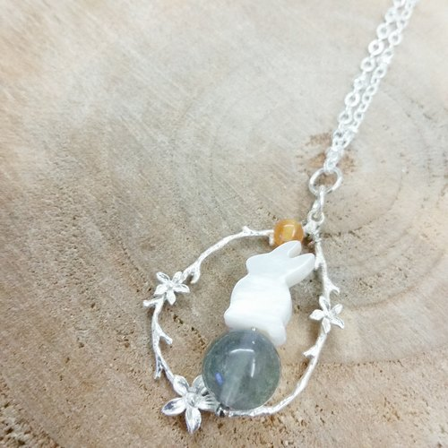 Bunny Fritillaria, agate, fluorite light blue 925 silver necklace