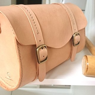 Easy travel primaries tanned leather messenger bag small cylinder - full leather (with strap)