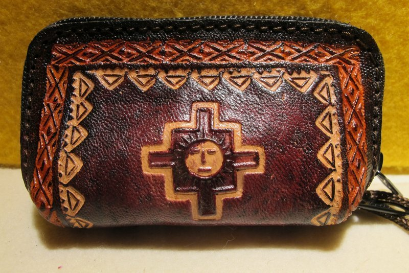 Dyeing leather handle small purse - leather brand Totem (Inca Cross)