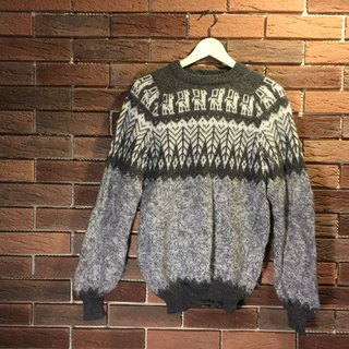 Hand-woven alpaca wool sweater feel - Walking Alpaca