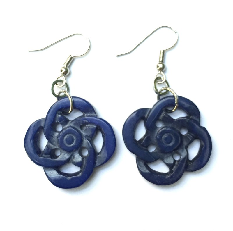 E0306 - own design and manufacture - fashion generous gift of choice - natural stones - soda stone (Sodalite) Earrings